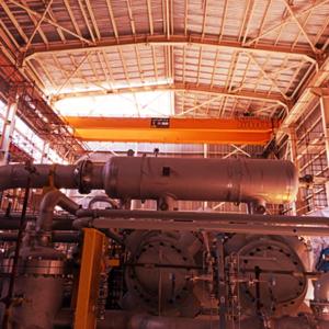 دو دستگاه جرثقیل سقفی 80 تن ضد انفجار – شرکت پتروشیمی کاویان – 1389
